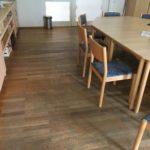 Versiegelungsarbeiten - WG BV Wittstock, Speisesaal vor und nach Bearbeitung, Oberfläche 2-K-Lackierung